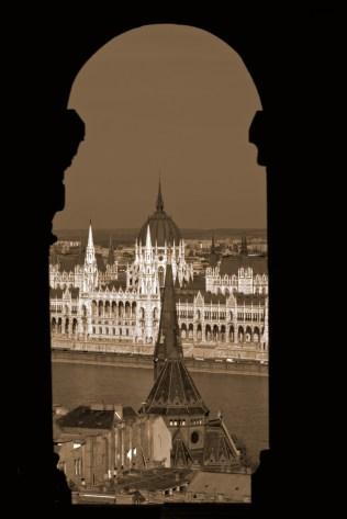parlament window
