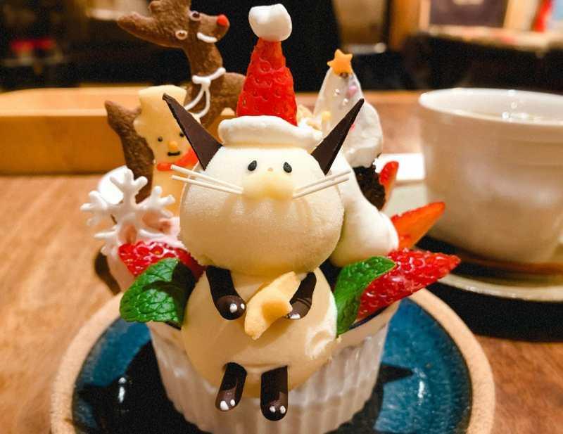 京都のカフェ ことばのはおとのにゃんこパフェ