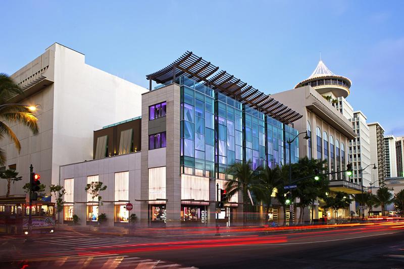 Waikiki YOKOCHO(ワイキキ横丁)の場所は?