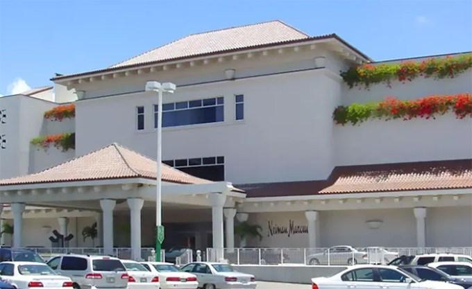 Neiman Marcus Honolulu(ニーマン・マーカス・ホノルル)