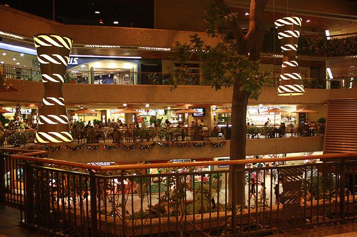 ロイヤル・ハワイアン・センターのフードコート「Pa'ina Lanai Food Court(パイナ・ラナイ・フードコート)」のお店を調べてみた