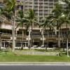 Waikiki Beach Walk(ワイキキ・ビーチ・ウォーク)のお店を調べてみた①