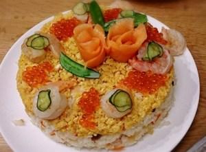 ひな祭り料理で簡単な寿司ケーキ