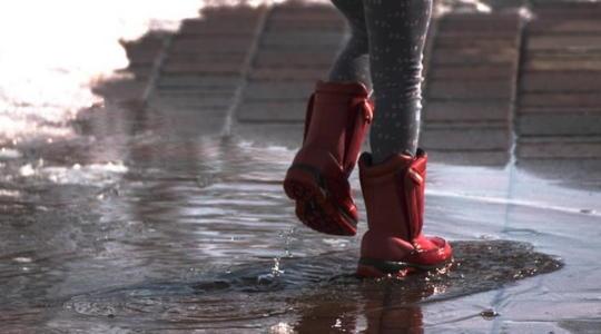 雨の日 泥はね 歩き方
