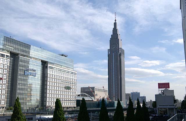 NTTドコモ代々木ビル