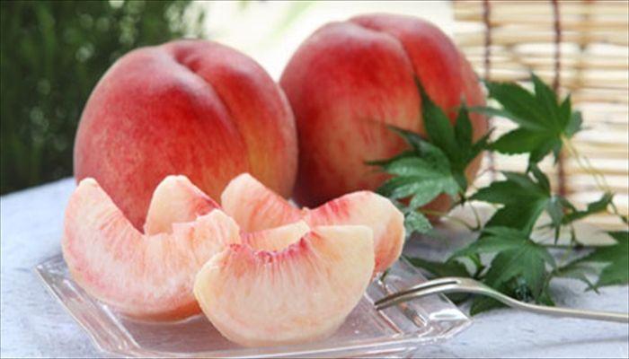 夏といえば 桃