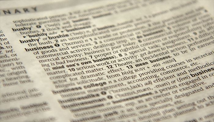 海外出張 持ち物 辞書