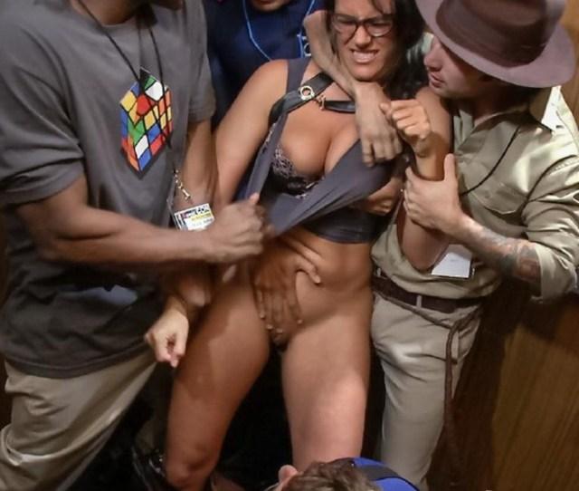 Penny Barber Komic Kon Slut Gets Dicked Down In Elevator Big Tits Double