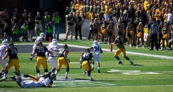 Hawkeye WR Jacob Hillyer catches this pass and converts it into a touchdown