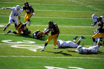 Martin-Manley on breaking tackles on his 2nd put return touchdown run.
