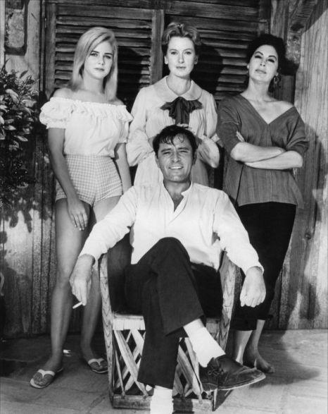 "Obsada ""Nocy Iguany"": Sue Lyon, Deborah Kerr, Ava Gardner iRichard Burton."