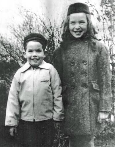 Mała Shirley MacLaine ijej młodszy brat Warren Beatty