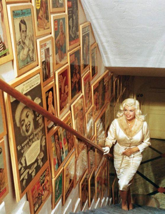 Dom Jayne Mansfield