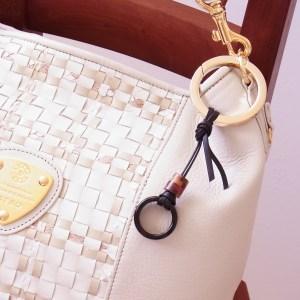バッグチャーム 木の指輪 スカーフ