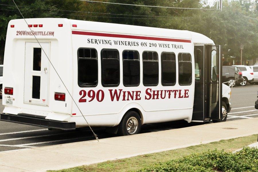 290 wine shuttle wine bus frederickburg texas