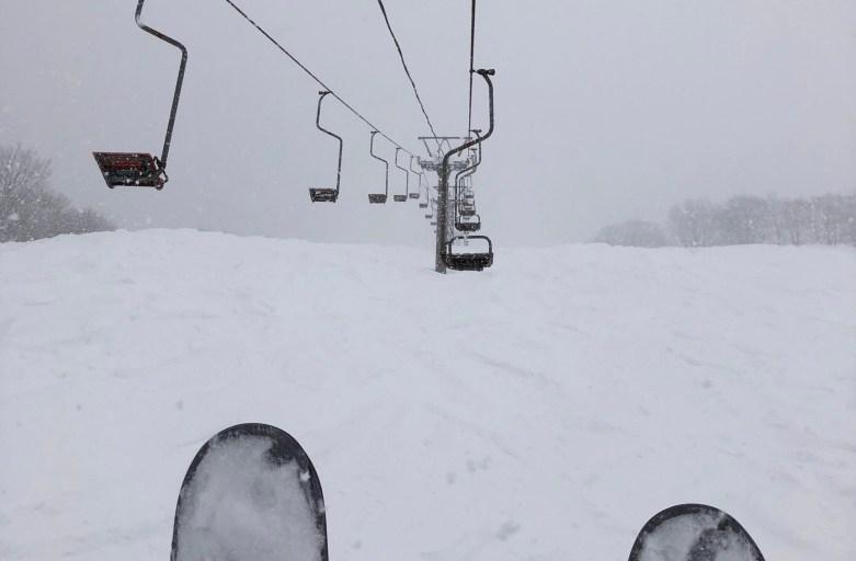 豪雪地帯で大雪の一日