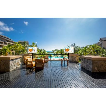 UltraView UHD Outdoor TV Application_Hotel 2