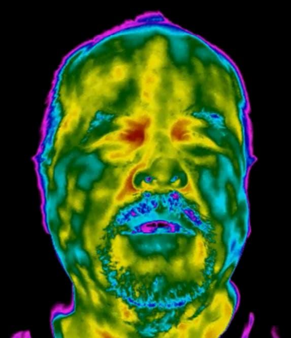 facial temperature check