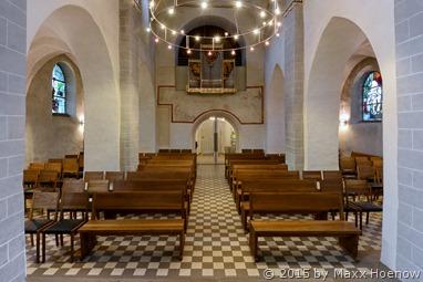 """""""Blick in Richtung Eingangshalle"""" Kreuzkirche Wiedenest - © Foto: Maxx Hoenow"""