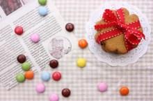 クッキーにマーブルチョコ
