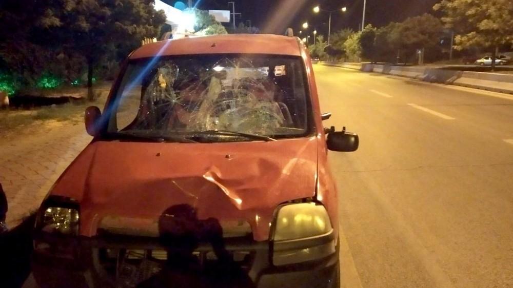 Kırıkkale'de hafif ticari aracın çarptığı kişi öldü