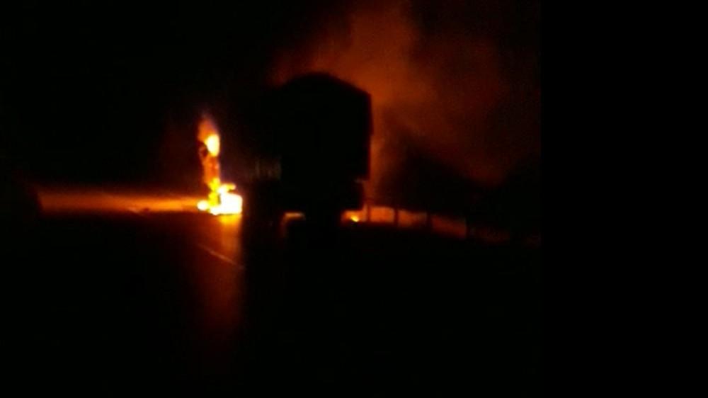 Şeker pancarı yüklü kamyon alev alev yandı