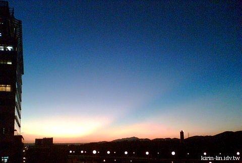 夏末傍晚的天空