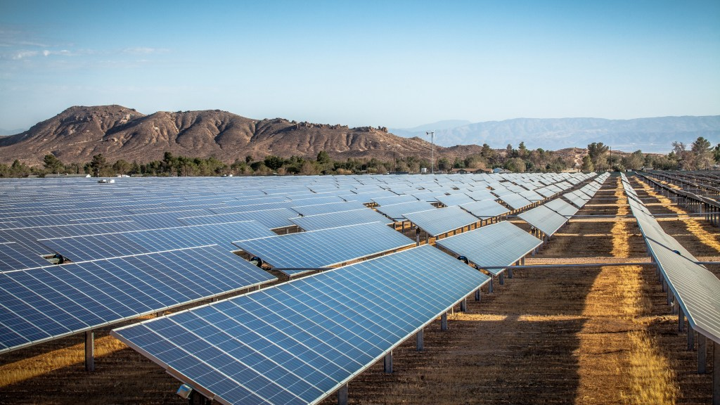 solar panel field in Kern County, California