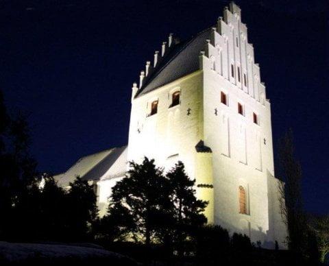 Lys på kirken