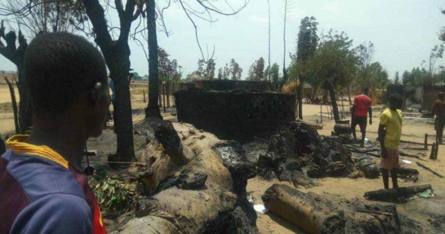 Angreb på landsbyer i Nigeria dræber hundredvis af kristne