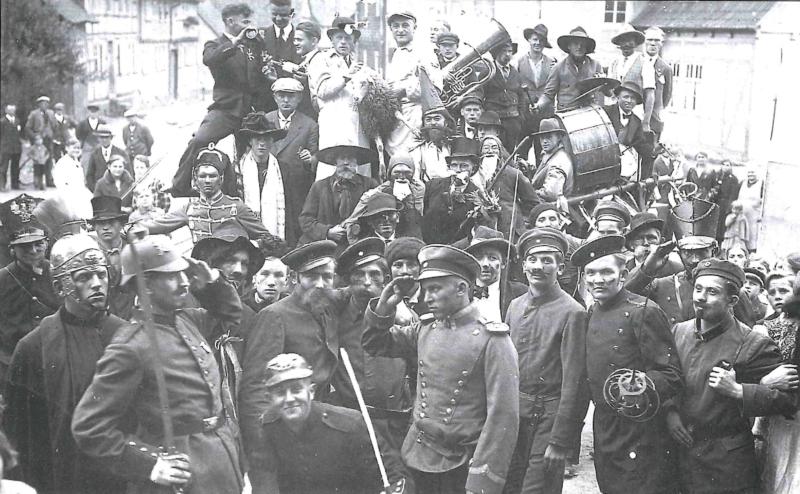 Umzug zur Großen Kirmes 1930