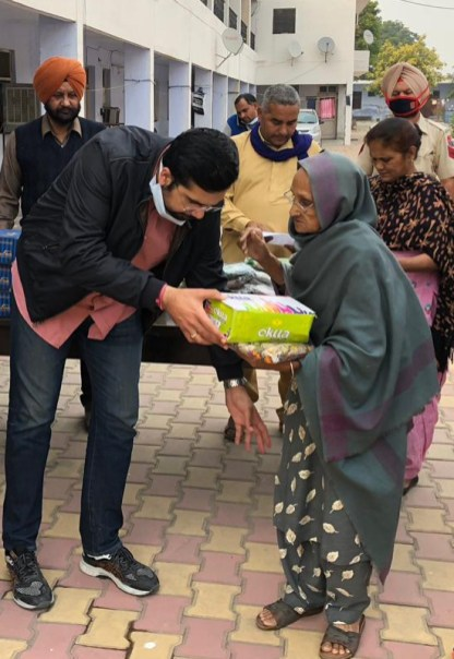 Diwali gifts for the elderly