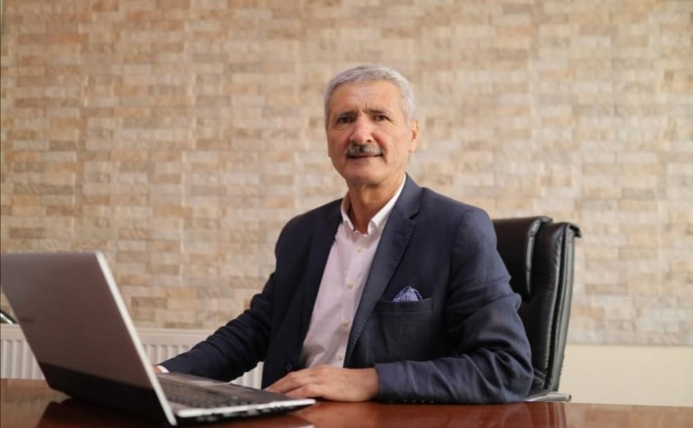 """Kırşehir Gazeteciler Cemiyeti Başkanı Turpçu, """"Gazetecilerin yıpranma hakkı basın kartı şartına bağlanmamalı"""""""