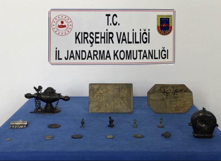 Kırşehir Jandarma Komutanlığından tarihi eser operasyonu