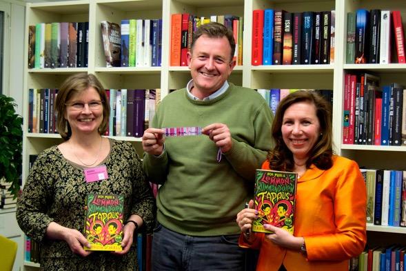 Tarquin Hall sai Kirsin Book Clubin kirjanmerkin