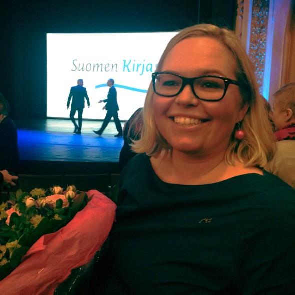 Otavan Lasten- ja nuortenkirjaosaston vetäjä Emma Alftan iloitsi Rambon voitosta ja hyvistä myyntiluvuista.