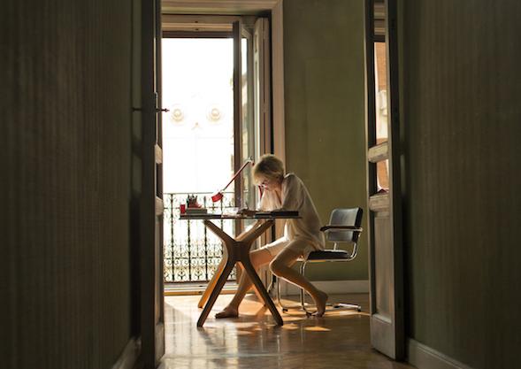 Julieta kirjoittaa tuskansa kirjeeksi tyttärelleen Antíalle