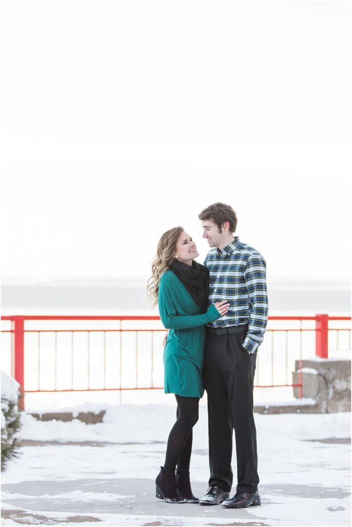 A Duluth Minnesota engagement session by Kirsten Barbara. Click here to see more images from this beautiful session.