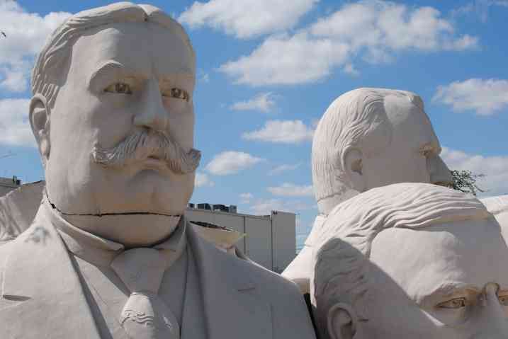 A hidden gem in the middle of Houston: sculptures of the presidents. Amazing!