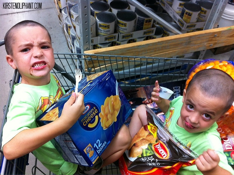 #ad Teach your kids to be #HungerHeroes with Sam's Club, Tyson's, and KRAFT.