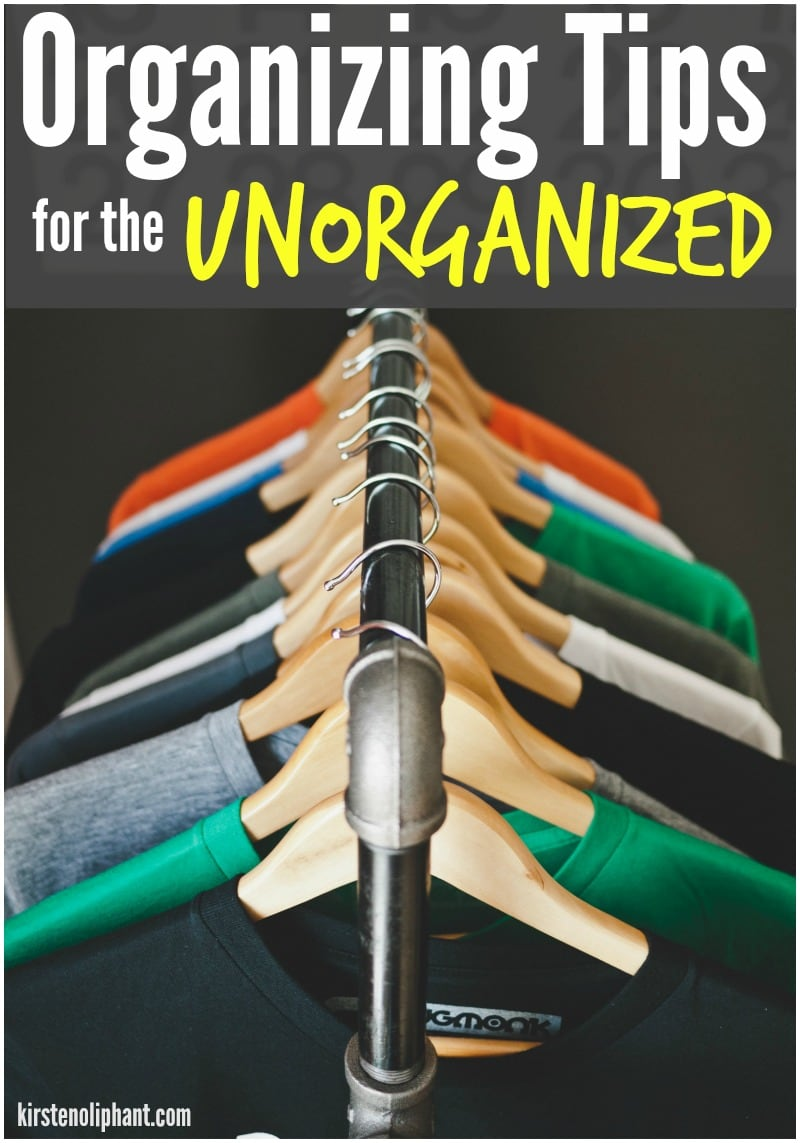 These great organization tips will help even the most unorganized person! A few simple ways to get your house in order as a FAMILY.
