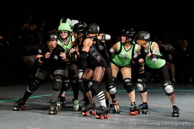 roller derby friendships = lots of touching