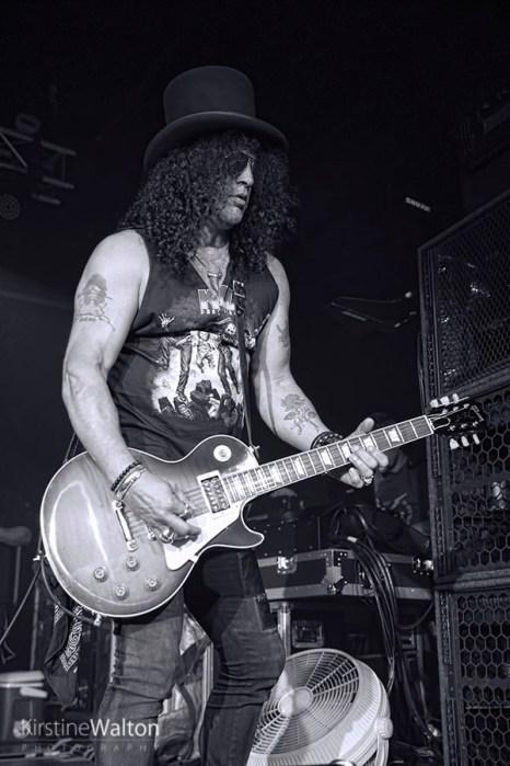 Slash-ConcordMusicHall-Chicago_IL-20150518-KirstineWalton015