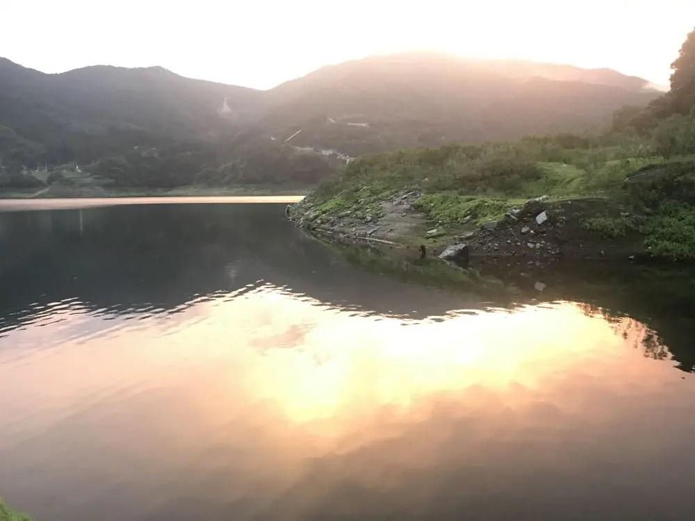 草木湖の夕暮れ