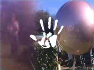 Halott nagymama szelleme jelent meg a kisgyerekről készült fotón