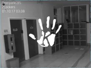 Kopogó szellem garázdálkodott egy ír középiskolában! A kamera mindet vett!