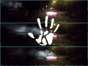 Szellem támadt egy Hong Kong-i taxira, a mögötte jövő videóra vette…