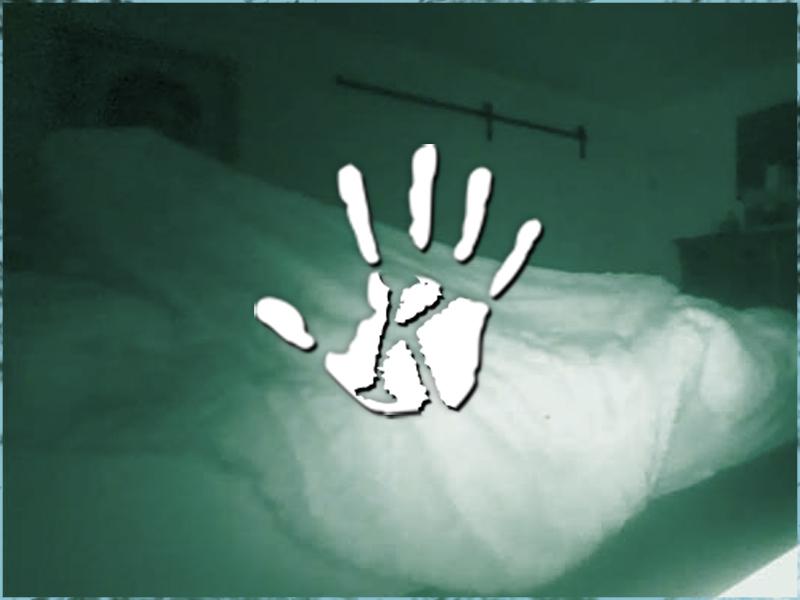 A férfi egy ideje azt érezte, hogy valaki ráül az ágyára, miközben ő alszik