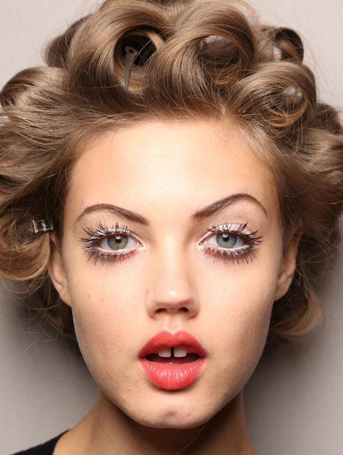 Milan Fashion Week White Eyes At Moschino Kiss And Make Up