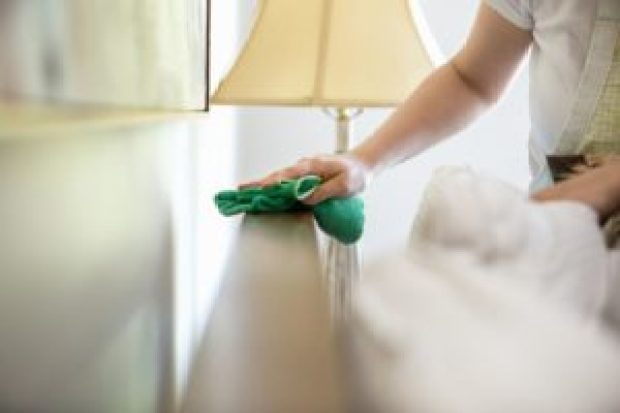 over-cleaning-habits-dusting